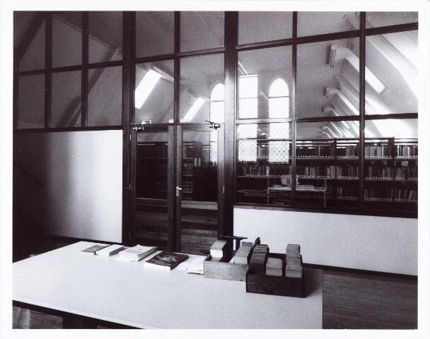062268 - Kloosters. Abdij van Onze Lieve Vrouw van Koningshoeven aan de Eindhovenseweg 3  (bibliotheek)