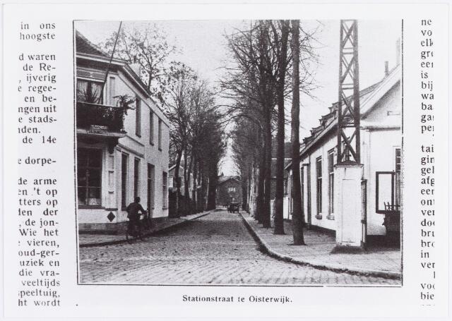057638 - Stationsstraat. Horeca.  Rechts het voormalige Hotel-Cafe-restaurant De Nederlanden.   Reproductie uit Brabantse Illustratie