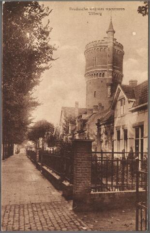 010285 - Bredaseweg met watertoren.