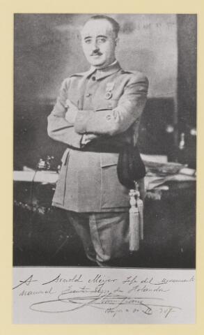 077314 - Arnold Meijer, leider Zwart Front. Gesigneerde foto van generaal Franco aan Meijer tijdens diens bezoek aan Spanje Tekst: Aan Arnold Meijer, ledider van de beweging Zwart Front in Nederland
