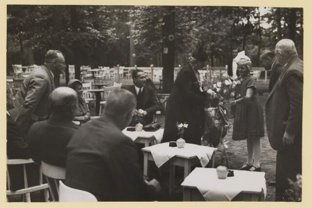 075538 - Ontvangst te Oisterwijk van burgemeester van Albury in 1935.