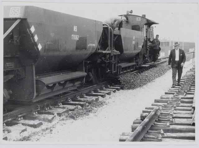 037162 - Spoorwegen: hoogspoor