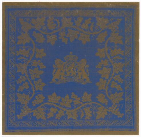 038082 - Textielindustrie. Kerstkaart 1979 van de tapisserie en damastweverij Tilburg voorstellende een vingerdoekje met het Wapen van Nederland: Je Maintendrai