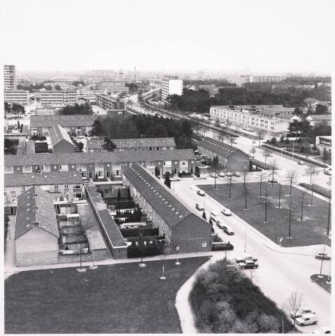 036493 - Panorama van Tilburg vanaf de flat aan het Kwendelhof.