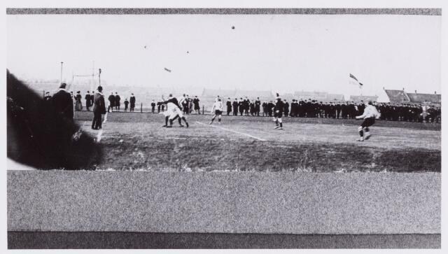 054012 - Sport. Voetbal. Willem II. Van deze foto zijn geen gegevens bekend