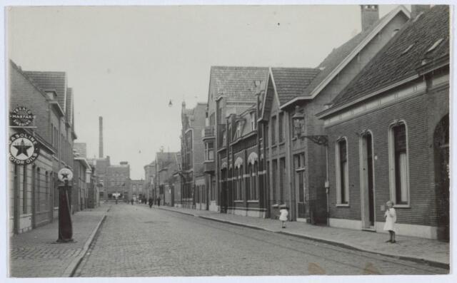 019552 - Goirkestraat gezien in de richting van het Wilhelminapark. Foto dateert van omstreeks 1930