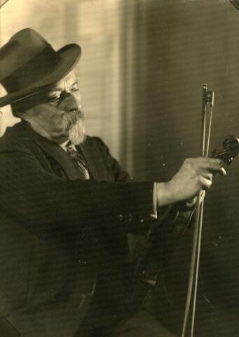 071753 - Jan Kortenraaij alias Jan de Kater (Helmond 1869-Tilburg 1936).