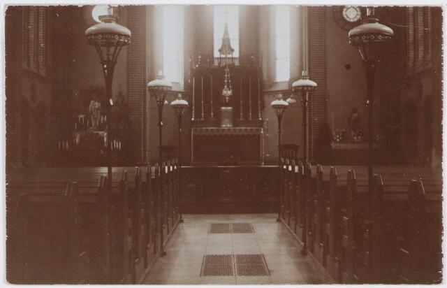 """057428 - Kloosterstraat. Altaar in de kapel van """"Catharinenberg"""", klooster."""