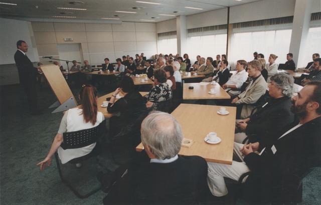 651269 - Mooi zo, goed zo. Impressie van de sponsorenreceptie  in 1998 in de Kamer van Koophandel te Tilburg.
