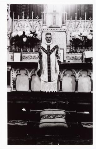 008098 - Father W. Wagenaar missiehuis Mill Hill 19-10-1935.