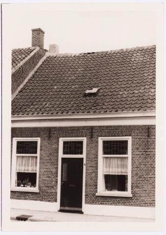 034413 - Lijnsheike 126; thans heet dit deel van de straat Von Weberstraat. De meeste huizen aan het Lijnsheike zijn inmiddels gesloopt.