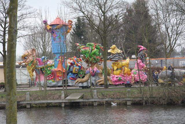 658127 - Carnaval. Optocht. Kruikenstad. D'n Opstoet door het centrum van Tilburg in februari 2017.