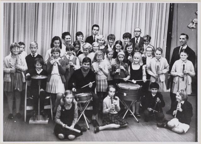 100639 - Verenigingen. Muziek. Zangkoor De Beukennootjes.