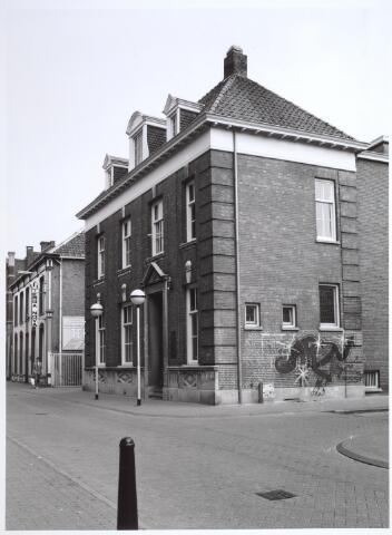 026883 - Oud patriciërshuis in de Nieuwlandstraat