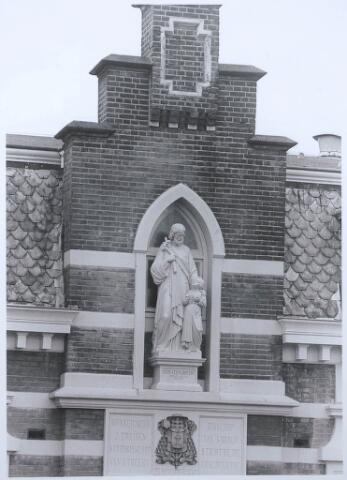 027540 - Gedeelte van de gevel van het St. Jozefklooster in de Kloosterstraat (van de zusters a.d. Oude Dijk)