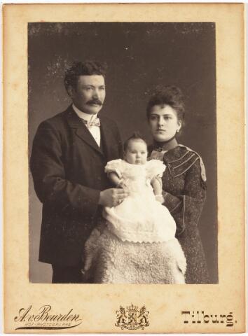 006460 - Johannes (Jan) L.M. de Beer (1870-1943) en Maria (Hettie) A.C. Smulders (1880-1974).