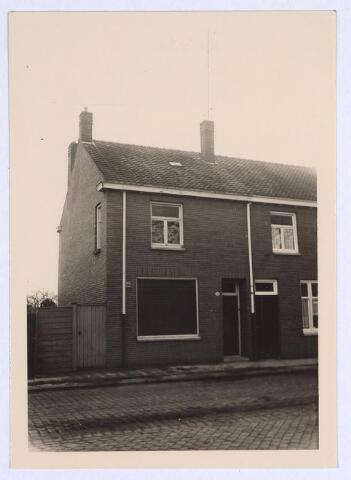 025673 - Pand Heikant 4 (thans Leharstraat) in het begin van 1962