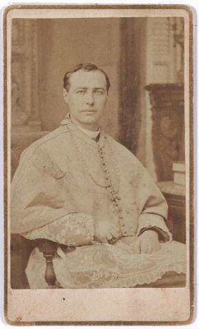 """004733 - Mgr. Franciscus Augustinus Antonius JANSSENS (*Tilburg 1843  †1897) werd in 1881 bisschop van Natchez (Mississipi) en in 1888 aartsbisschop van New Orleans. Zie voor uitvoerige beschrijving fotonr. 4731. Op de achterkant van deze foto staat geschreven: """"Eduard, bid voor Uwen Broeder en zijn Diocees. F. Janssens, bisschop van Natchez""""."""