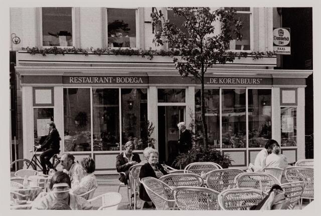 040575 - Café De Korenbeurs, Heuvel 24.