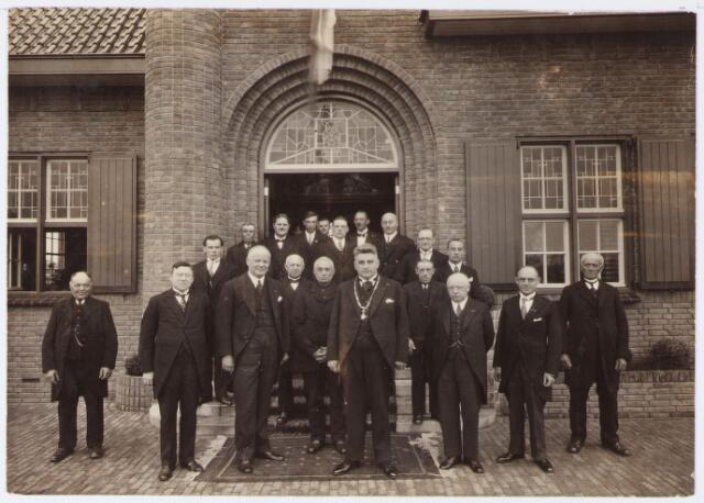063140 - Opening van het nieuwe gemeentehuis aan de Raadhuisstraat 56