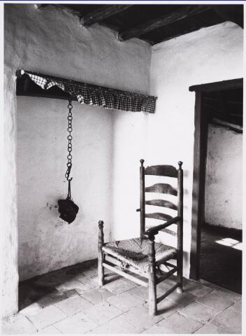 028191 - Interieur van het geboortehuis van Petrus Donders