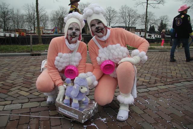 658124 - Carnaval. Optocht. Kruikenstad. D'n Opstoet door het centrum van Tilburg in februari 2017.