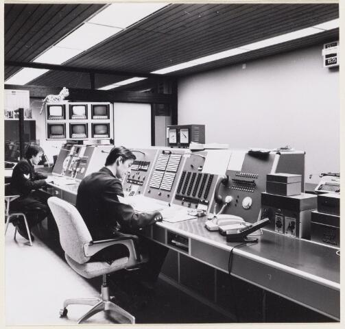 101283 - Meldkamer politie, bureau Oldeneellaan.