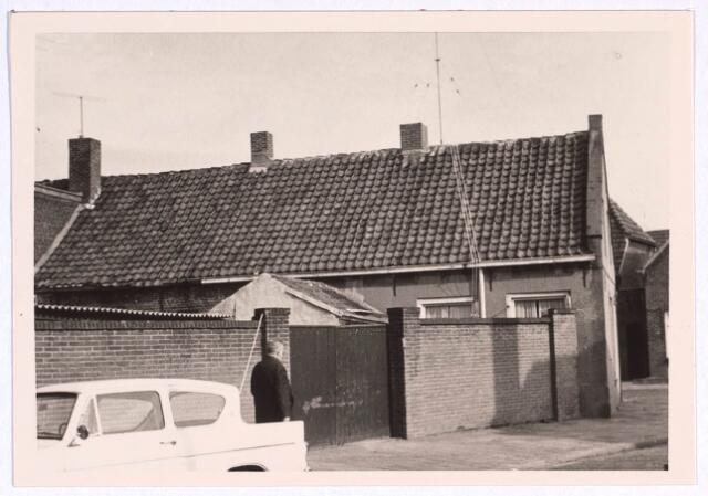 022775 - Achterzijde van het pand Houtstraat 43 gezien vanuit de Bisschop Aelenstraat