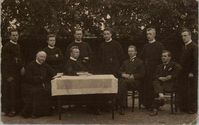 653008 - St. Antoniusschool, personeel.