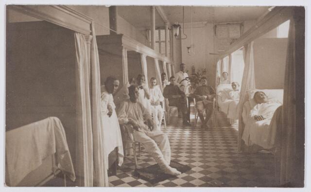 053649 - Elisabethziekenhuis. Zieke militairen, Eerste wereldoorlog 1914-1918. Gezondheidszorg. Verpleging en Rode Kruis. St. Elisabeth Gasthuis , ook genoemd Gasthuis op de Locht aan de Gasthuisstraat