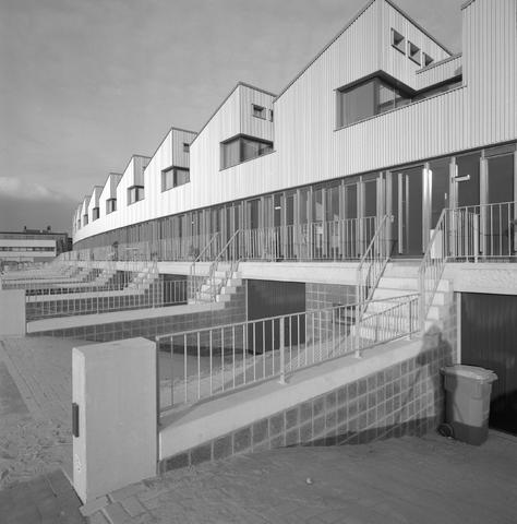 D-00537 - BNA - Atelierwoningen aan Mr. J.H. de Pontplein (Neutelings Riedijk Architects, 1996)
