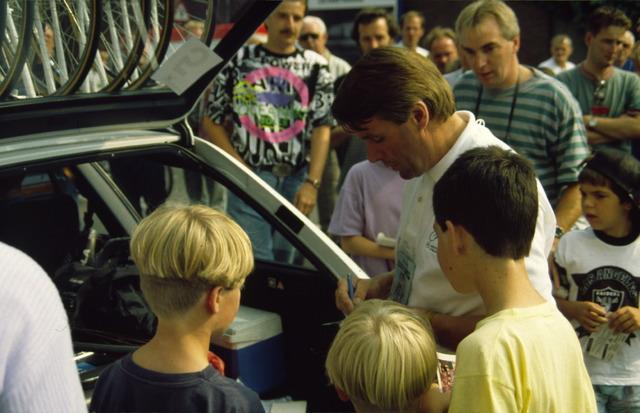656520 - Profronde Nederland te Tilburg in 1992. Hennie Kuiper.