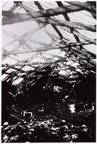 033981 - Brand: op 24 oktober 1934 brandde het band- en veterfabriek van A.J. van Luijk en Zn geheel af