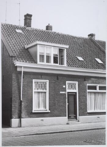 026187 - Pand Lijnsheike 52 halverwege april 1968