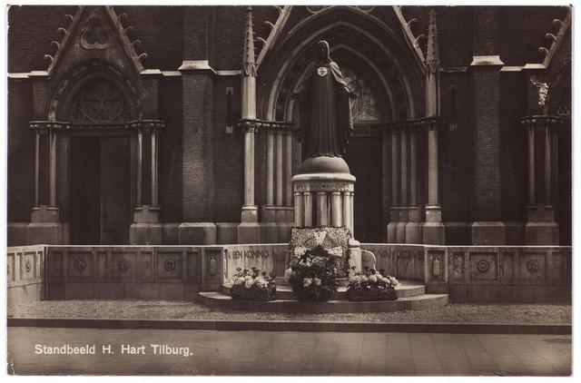 000977 - Monument H. Hart aan de Heuvel voor de kerk van St. Jozef.