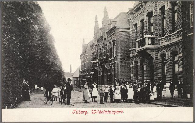 010384 - Noordzijde van het Wilhelminapark.