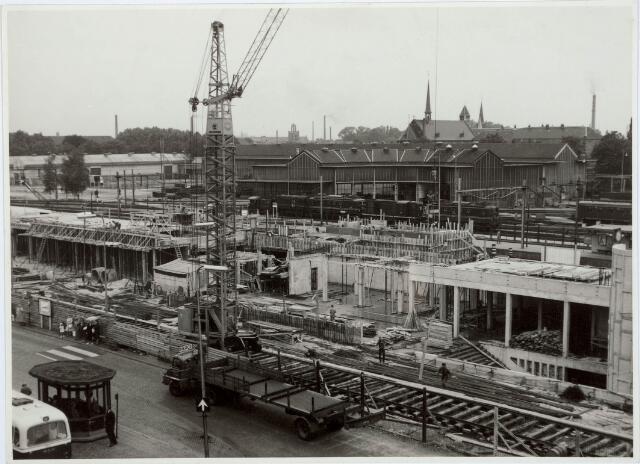 031971 - Spoorwegen: Bouw nieuw station aan de Spoorlaan
