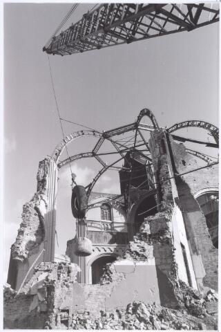 017061 - Sloop van de kerk van de parochie St.-Anna in 1973