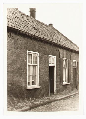 028109 - Woning aan de Veldstraat 37, thans Pastoor van Beurdenstraat
