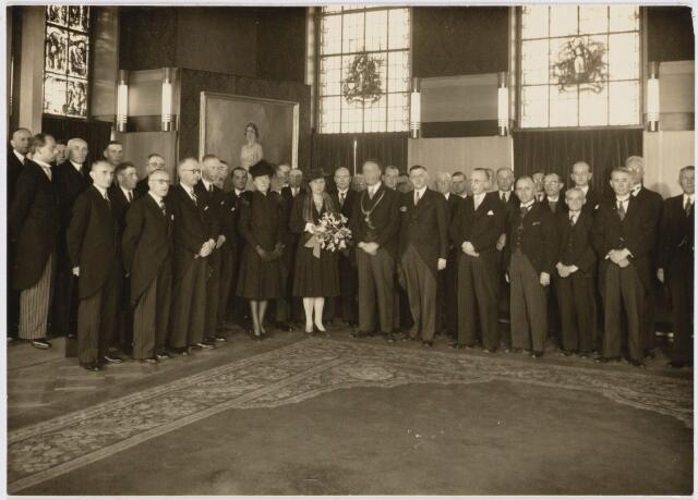 103393 - Installatie burgemeester mr. G.H.J. baron van Voorst tot Voorst. Raadsleden.