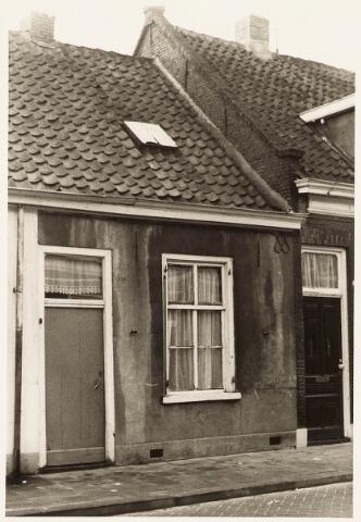 032913 - Voorgevel van het pand aan de Stevenzandsestraat 126