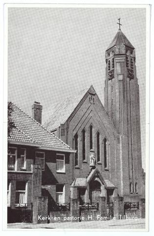000314 - kerk en pastorie van de parochie van de H. Familie aan de Broekhovenseweg (Broekhoven II) De kerk werd in juli 1974 afgebroken.
