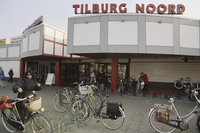 TLB023000677_001 - Ingang Winkelcentrum Noord.