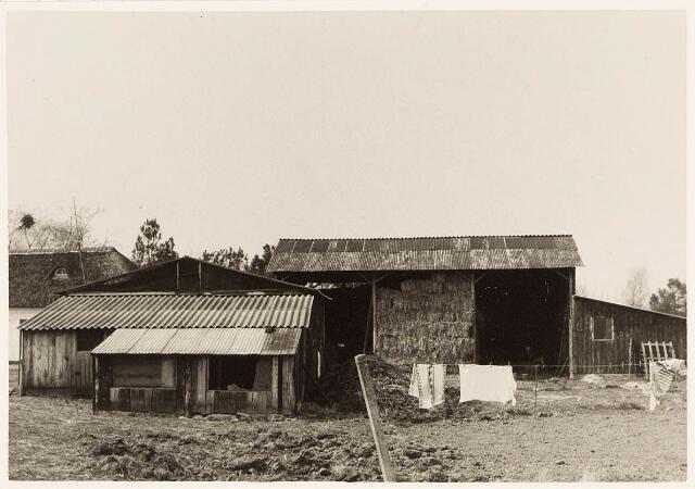 032968 - Proefboerderij aan de Oude Loonsebaan.
