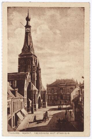 001878 - Oude Markt voorheen de Markt met kerk en gemeentehuis.