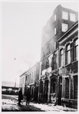 035194 - Brand: het meelfabriek van van Loon Meelfabriek geheel afgebrand op 23 jamuari 1933