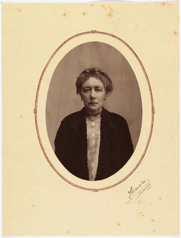 006456 - Antoinetta de Beer (1866-1949) dochter van Norbertus de Beer en Johanna Donders.