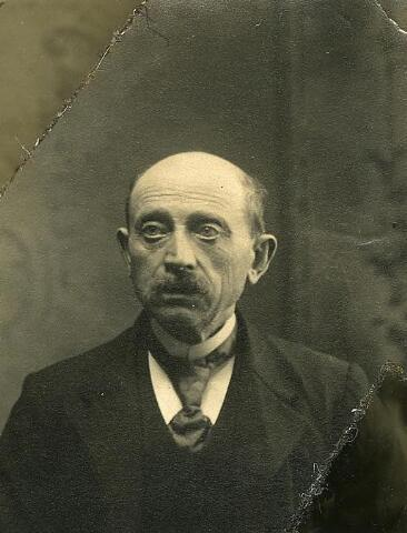 200510 - Bernardus van Puijenbroek geb. 23-07-1850 Lage Mierde. Ovl. 26- 09-1934 Tb. Hij trouwde met Antonia Smulders.
