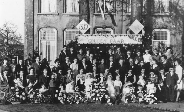 105451 - Gouden Bruiloft echtpaar van Vugt.