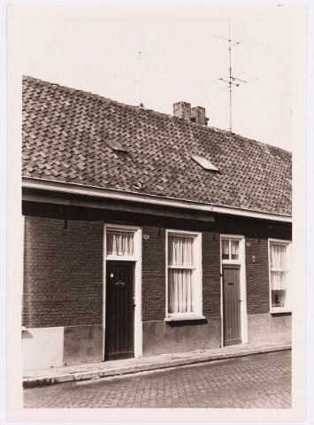 034424 - Lijnsheike 125; thans heet dit deel van de straat Von Weberstraat. De meeste huizen aan het Lijnsheike zijn inmiddels gesloopt.